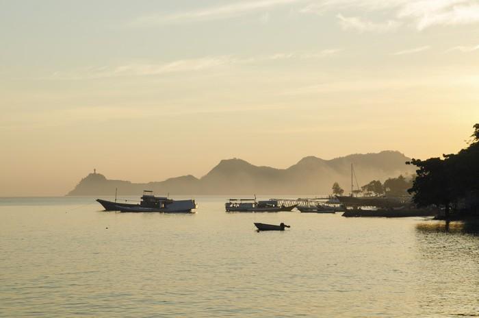 Vinylová Tapeta Pobřeží Dili ve Východním Timoru, Východní Timor - Asie