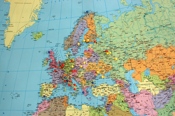 Europe Map With Travel Pins Wall Mural Pixers We Live To Change - Wall map travel pins