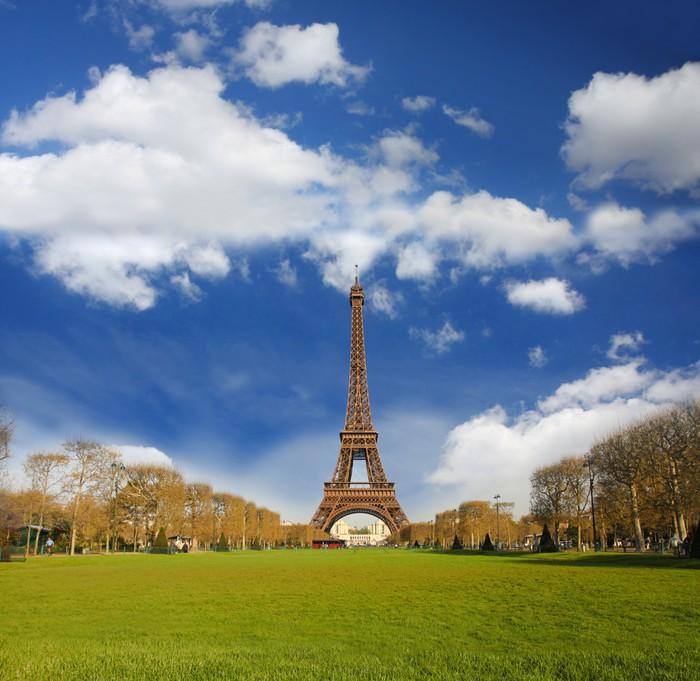 Vinylová Tapeta Eiffelova věž v době jarní, Paris, France - Evropská města