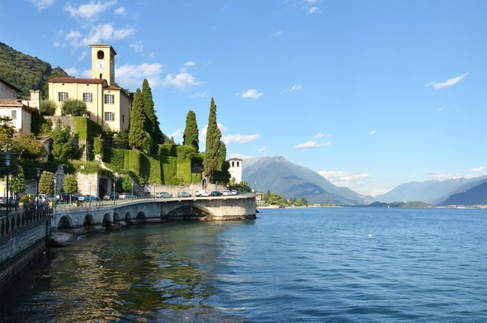 Vinylová Tapeta Gravedona město a jezero Como, Itálie - Památky
