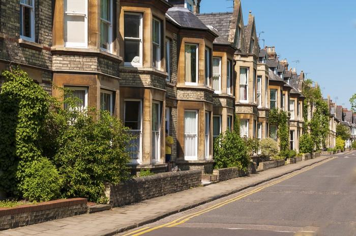 Carta da Parati Fila di casa con terrazzo in strada tipica inglese ...