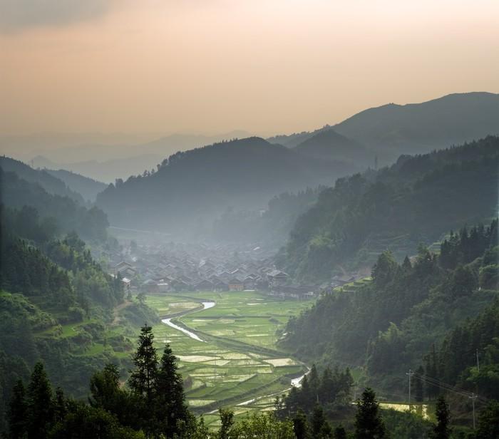 Vinylová Tapeta Čao-sing Dong čínské vesnice při západu slunce. - Asie