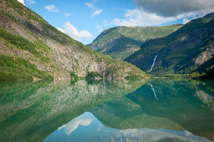 Vinylová Tapeta Pohled na Lustrafjorden, Norsko - Evropa
