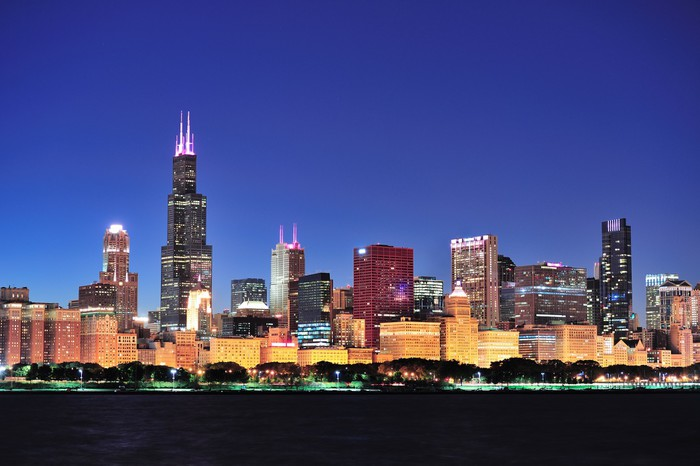 Chicago Skyline At Dusk Wall Mural Pixers 174 We Live To
