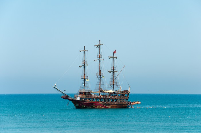 Vinylová Tapeta Rekreační loď Středozemní moře - Lodě