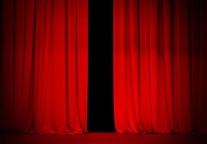 Vinylová Tapeta Červená opona na divadle nebo v kině fázi mírně otevřené - Pozadí
