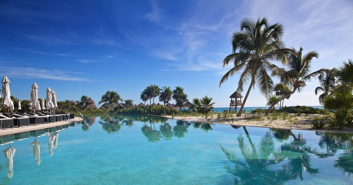 Vinylová Tapeta Tropické resort - Ostrovy