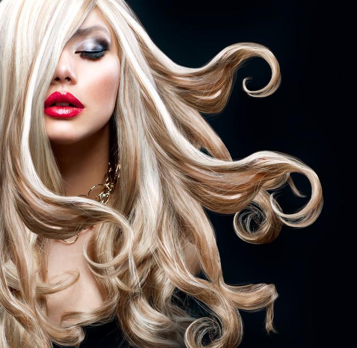 Vinylová Tapeta Blond vlasy. Krásná Sexy blondýnka - Móda