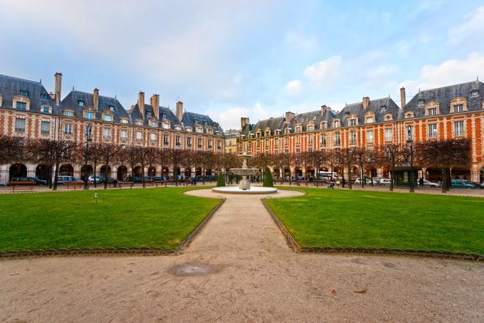 Nálepka Pixerstick Place des Vosges v Paříži City, Francie - Evropská města