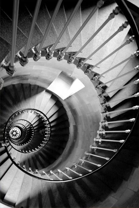 papier peint escalier circulaire pixers nous vivons. Black Bedroom Furniture Sets. Home Design Ideas