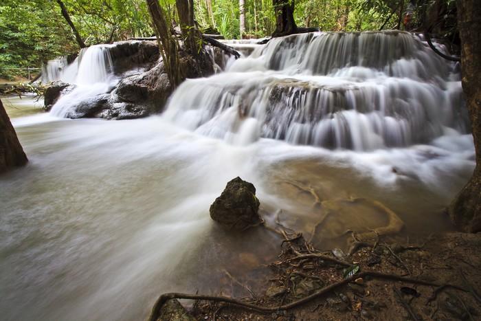 Vinylová Tapeta Vodopád v Kanchanaburi - Asie