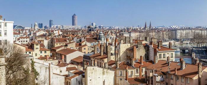 Vinylová Tapeta Panorama města Lyonu do červeného kříže - Prázdniny