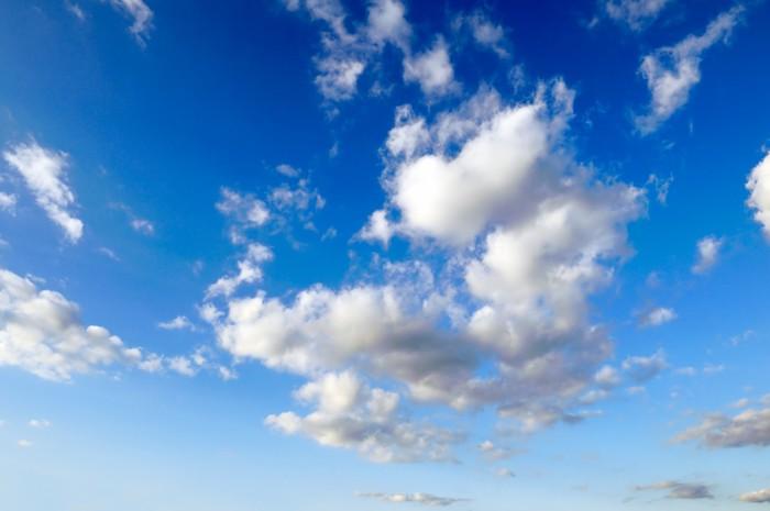 sticker nuages blancs sur ciel bleu pixers nous vivons pour changer. Black Bedroom Furniture Sets. Home Design Ideas