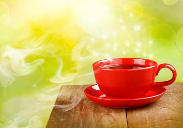 Vinylová Tapeta Šálek čaje nebo kávy na kouzelnou slunné pozadí - Horké nápoje