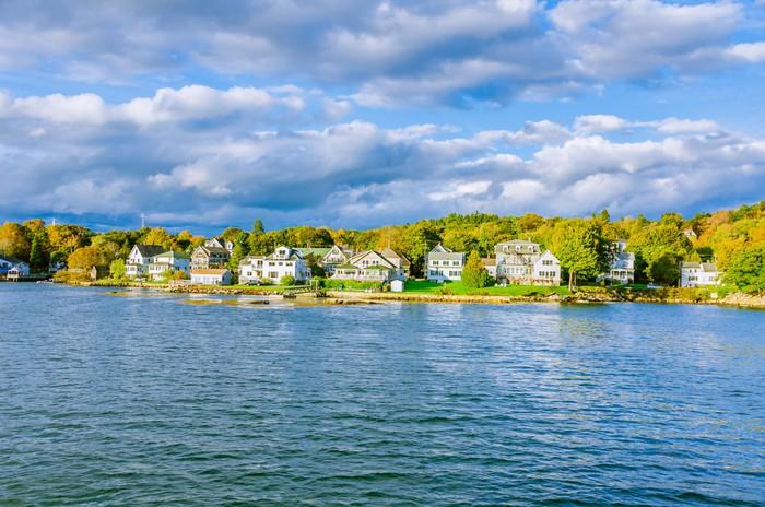 Vinylová Tapeta Malá vesnice na pobřeží Maine - Město