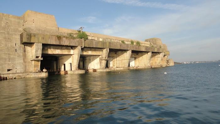 Papier Peint Base De Sous Marins De Keroman A Lorient De Bretagne