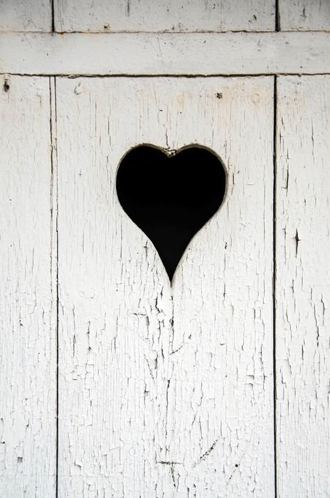 Papier peint coeur sur une porte en bois pixers nous for Acheter une porte en bois