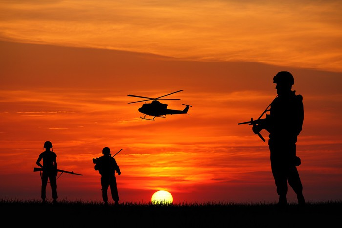 Soldiers Silhouette At Sunset Wall Mural Pixers 174 We