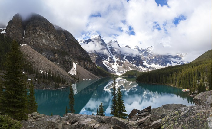 Moraine Lake, Banff National Park, Alberta, Canada Vinyl Wallpaper - Themes