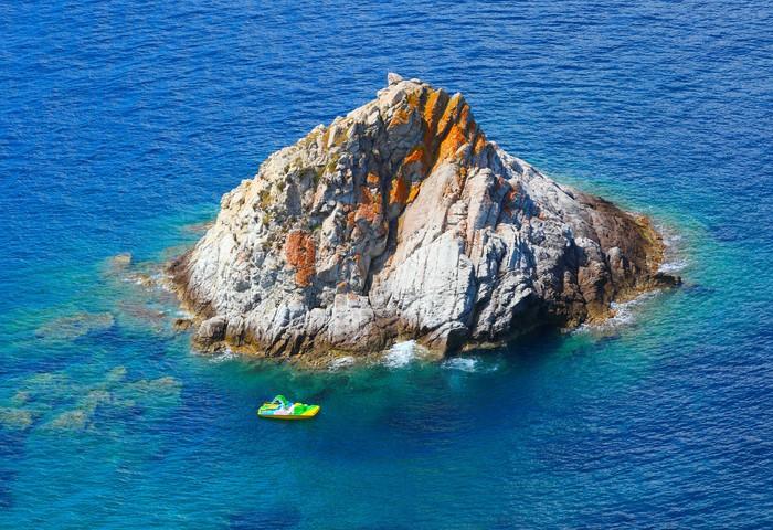 Vinylová Tapeta Scoglietto Island poblíž Elba Island, Itálie. - Evropa