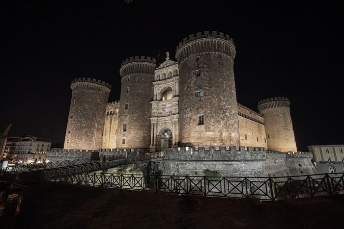 Vinylová Tapeta Neapol nocturne na Castello Maschio Angioino - Evropa