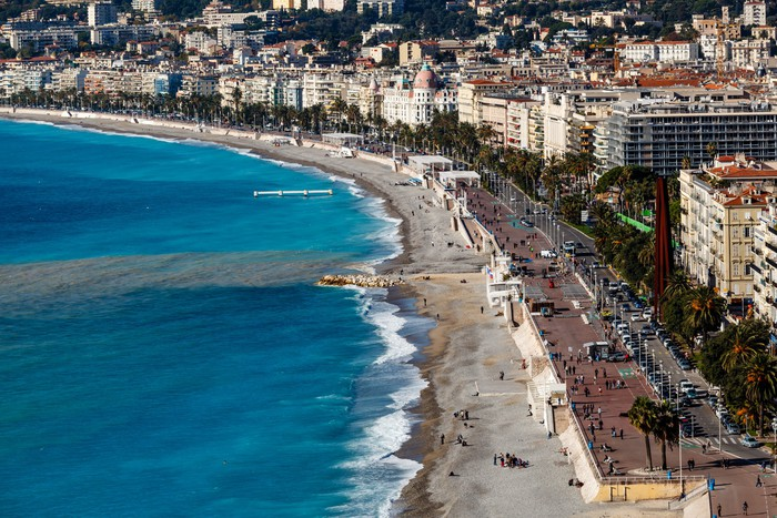 Vinylová Tapeta Promenade des Anglais a krásná pláž v Nice, Francouzské Rivier - Evropa