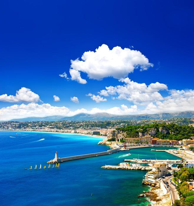 Vinylová Tapeta Pěkné město, tyrkysové moře a dokonalé modrá obloha - Evropa
