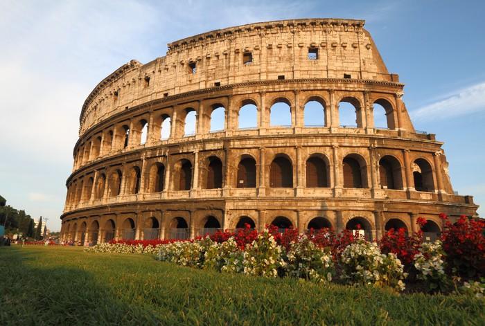 Carta da parati il colosseo a roma italia pixers for Carta da parati roma