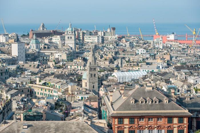 Carta Da Parati Genova.Carta Da Parati Vista Del Centro Storico Di Genova Pixers