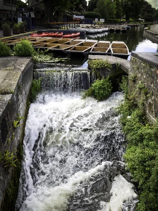 Vinylová Tapeta Pramice postavili na řece v Cambridge v Anglii - Město