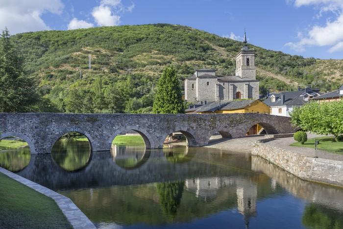 Vinylová Tapeta Římské pohledy most v Molinaseca, Leon, Španělsko - Památky