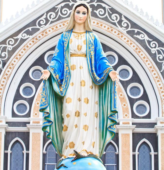 Vinylová Tapeta Panna Marie socha v římskokatolickém kostele Thajska - Náboženství