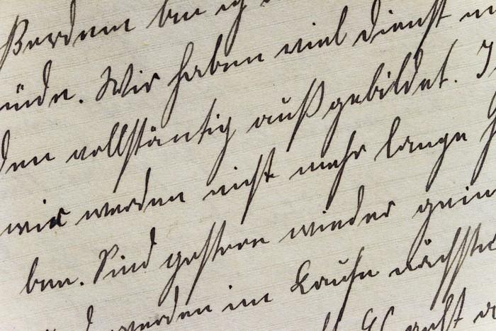 Vinyl Behang Historische lettertype op handgeschept papier - Tekens en Symbolen
