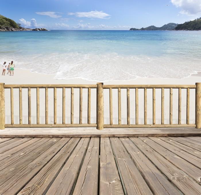 Vinylová Tapeta Terasa-balkon avec vue sur mer aux Seychely - Prázdniny