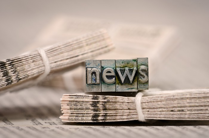 Leinwandbild Nachrichten -