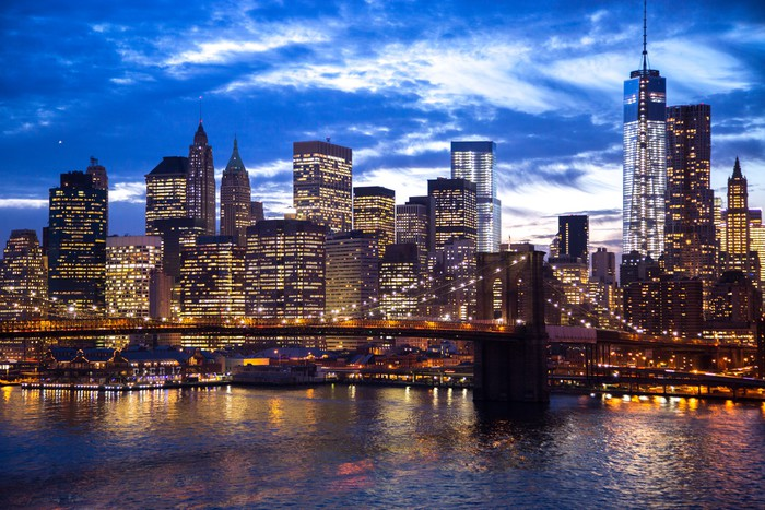 fototapete new york city brooklyn bridge skyline der innenstadt pixers wir leben um zu. Black Bedroom Furniture Sets. Home Design Ideas