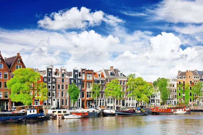 Papier peint amsterdam avec canal dans le centre ville en for Appart hotel amsterdam centre ville