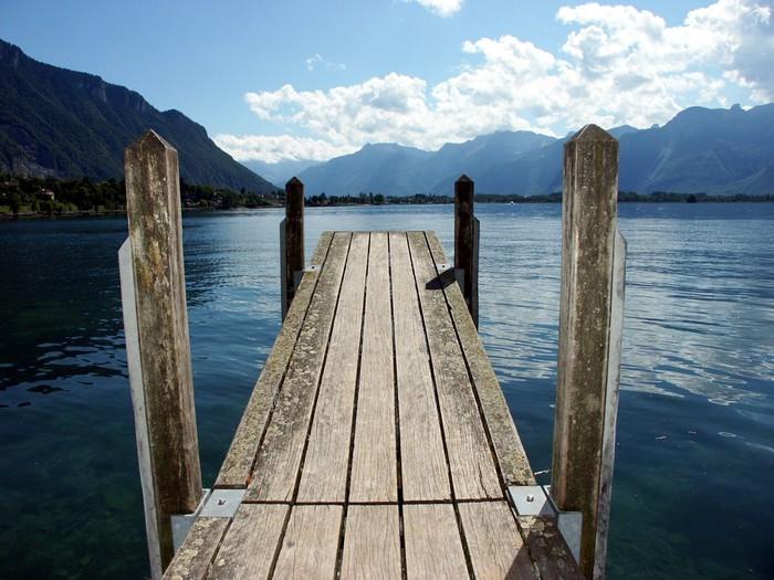Vinylová Tapeta Dřevěný most na jezeře - Infrastruktura