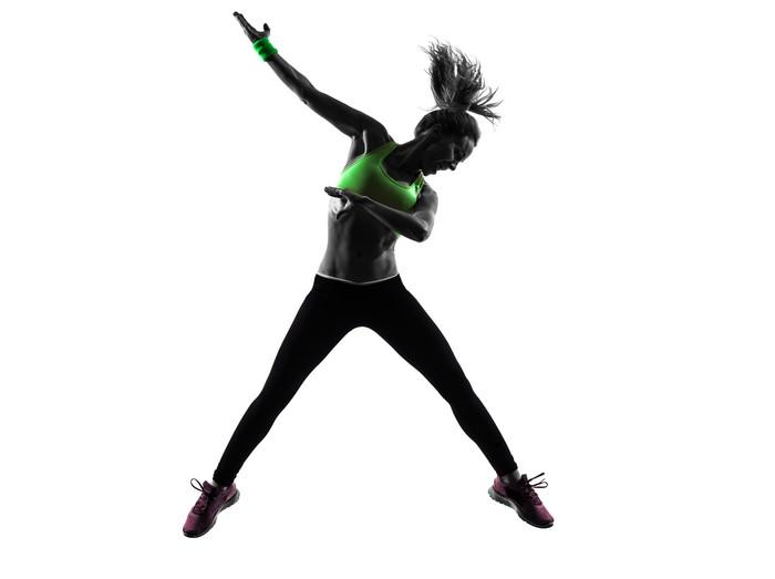 Vinylová Tapeta Žena cvičení fitness zumba tanec skákání siluetu -