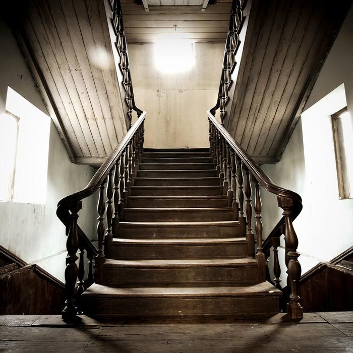 sticker ancien escalier en bois pixers nous vivons pour changer. Black Bedroom Furniture Sets. Home Design Ideas