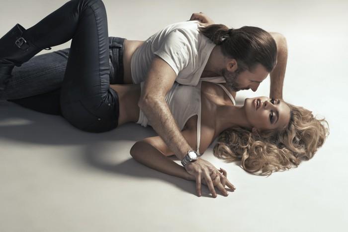 Sexy couples pose