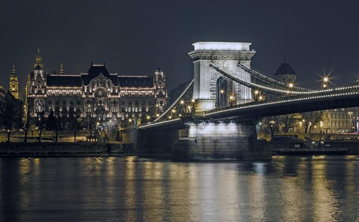 Vinylová Tapeta Цепной мост - Evropa