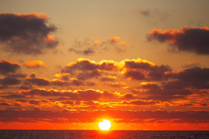Vinylová Tapeta Východ slunce nad mořem - Nebe