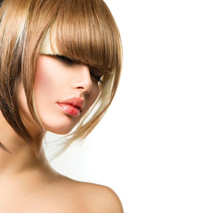 tableau sur toile belle femme de mode coiffure pour cheveux courts fringe haircut pixers. Black Bedroom Furniture Sets. Home Design Ideas