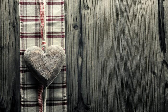 Vinylová Tapeta Velké srdce na dřevo - na kostkované tkaniny - Mezinárodní svátky