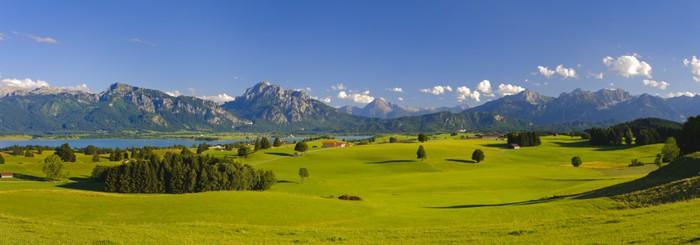 fototapete panorama landschaft in bayern mit alpen berge pixers wir leben um zu ver ndern. Black Bedroom Furniture Sets. Home Design Ideas