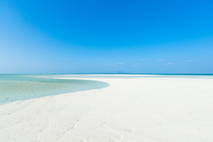 Vinylová Tapeta Bílá písečná pláž tropický ráj, Okinawa, Japonsko - Prázdniny