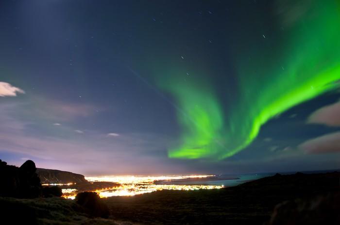 Vinylová Tapeta Polární záře nad Reykjavíku na Islandu - Přírodní krásy