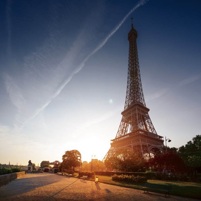 Paris cityscape at sunset eiffel tower Wall Mural Pixers We
