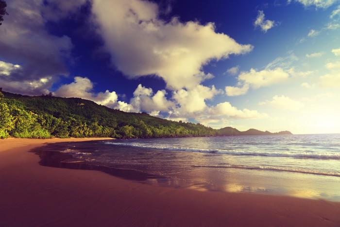 Vinylová Tapeta Západ slunce na Seychely pláži, ostrov Mahé - Voda